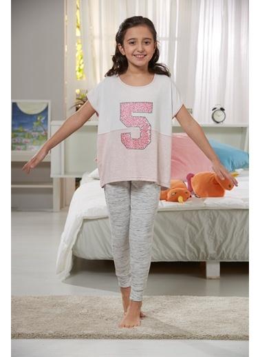 Baskılı Kız Ç. Pijama Takım-Zeyzey